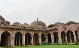 Pashtun ( afghan) architecture at its best in Mandu