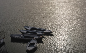 Sunrise , the Ganges and the boats