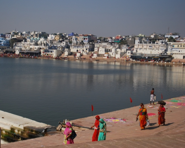 the colours of the ghats